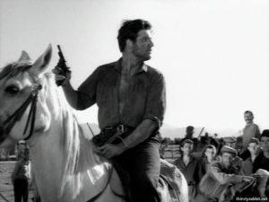 """Giannis Voglis in """"To homa vaftike kokkino"""" [1966]"""