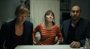 """Jenny Schily, Victoria Schulz, and Urs Jucker in """"Dora oder Die sexuellen Neurosen unserer Eltern"""" [2015]"""